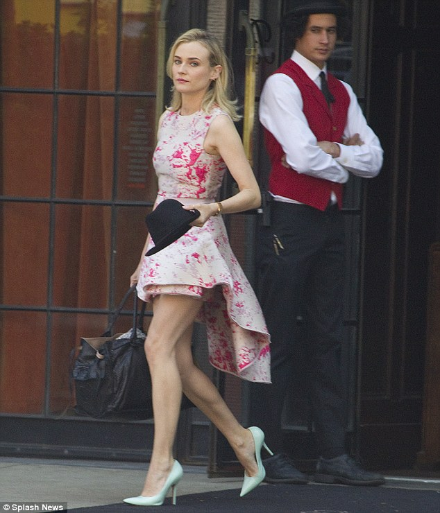 diane kruger - packing her bags